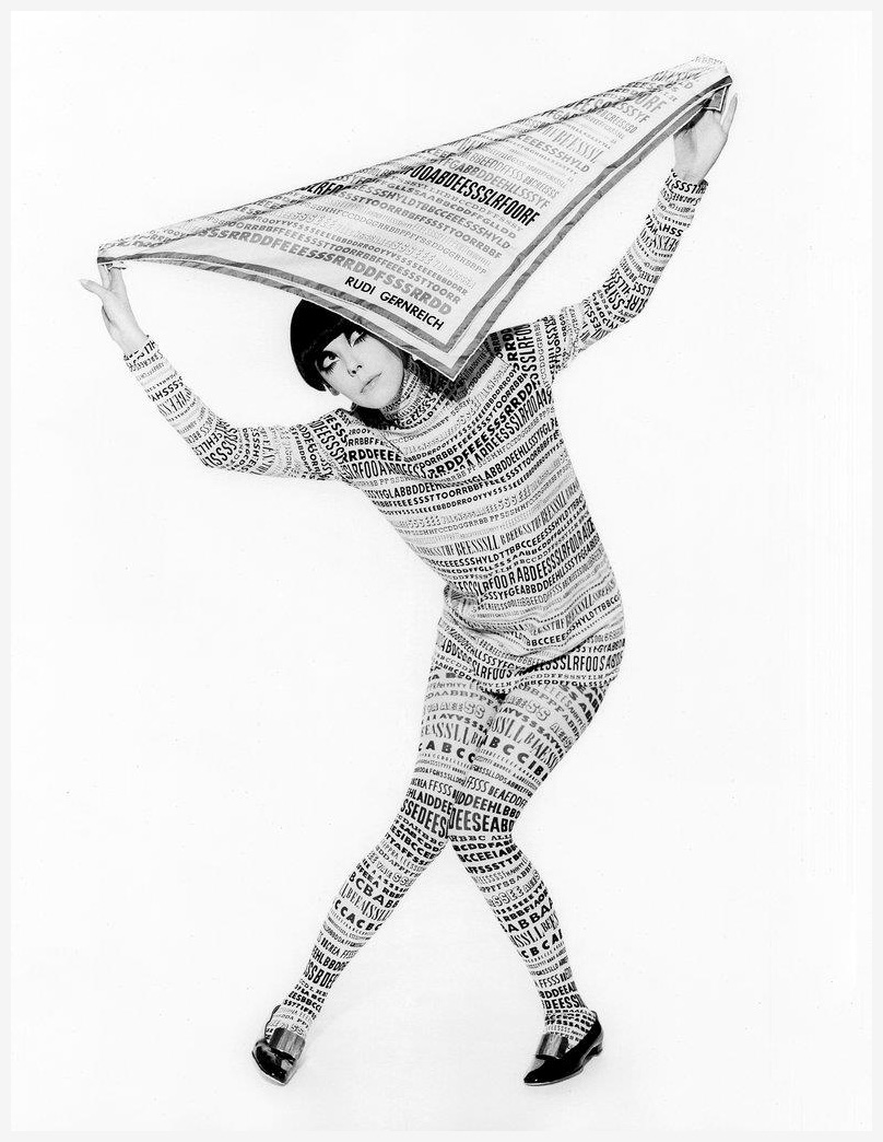peggy-moffitt-wearing-a-rudi-gernreich-outfit-from-his-fall-68-collection-photographer-william-claxton